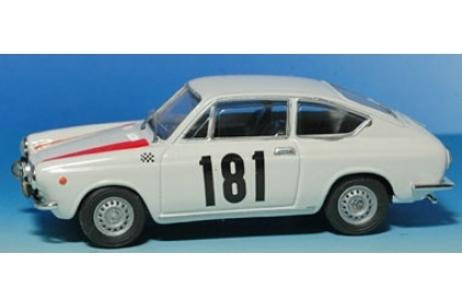 Ixo 1:43 FIAT 850 Coupè-Rally BAVARIA 1968-Röhrl